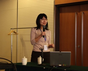 Chui Yin WONG presenting at ACM SIGCHI Asia Workshop