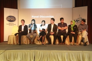 Panel discussion at UX Awareness Talk.